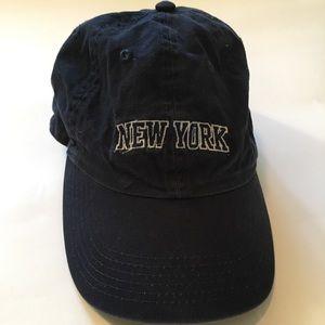 "Brandy Melville ""New York"" cap"